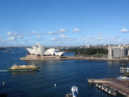 Pohled směrem k Opeře z Harbour Bridge