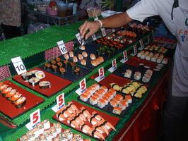 Sushi vypadalo taky moc lákavě